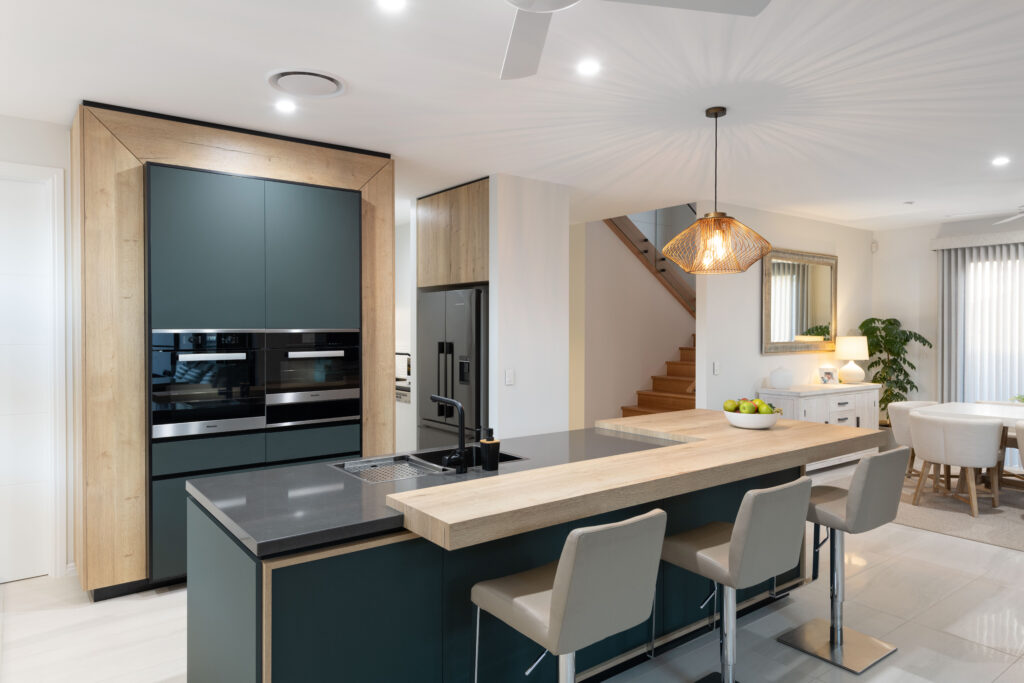 Image of an Australian kitchen colour trend we love!